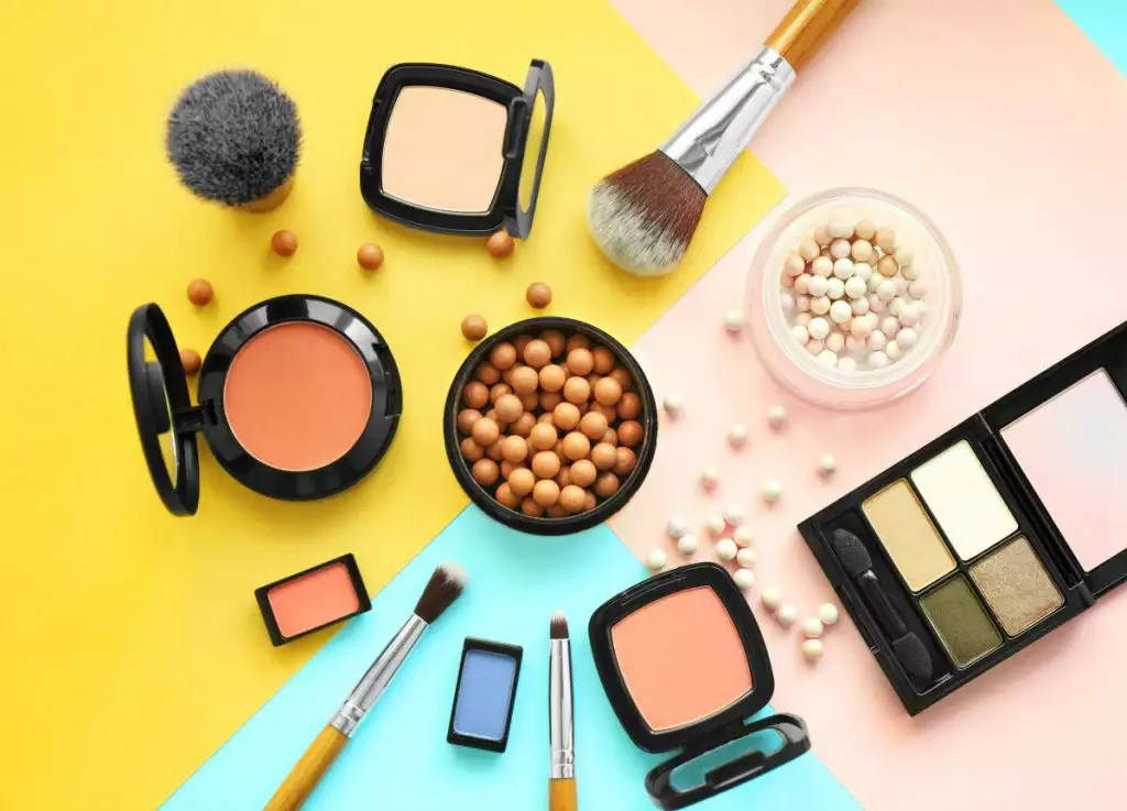 Top 6 Best Beauty Products Every Woman Should Own in 2020